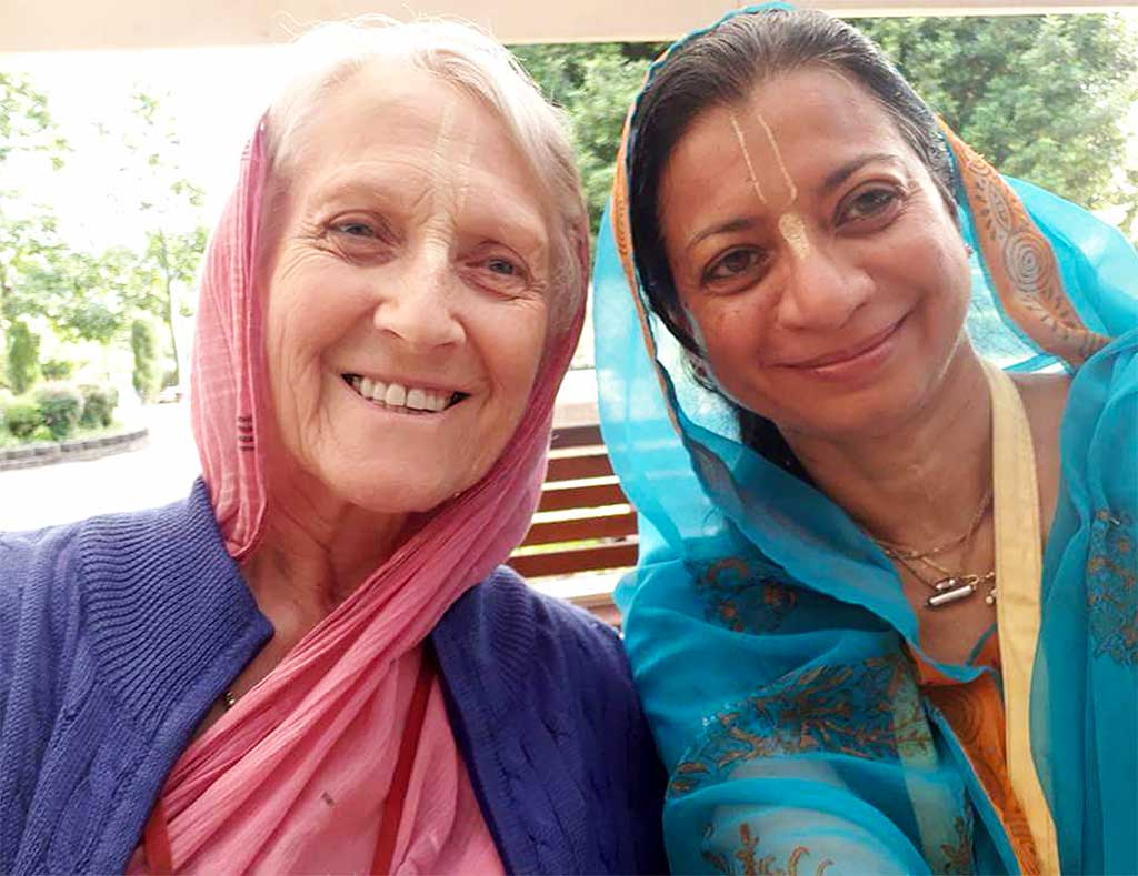 L to R: Mandakini devi dasi and Malthi devi dasi at New Govardhana.