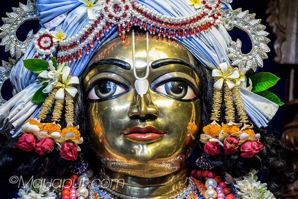 The resplendent Deity of Gadadhara at Mayapur
