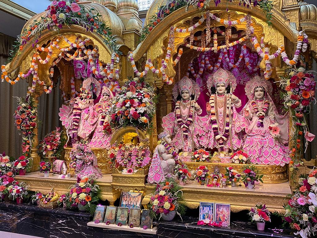 The entrancing Deities at Bhaktivedanta Manor, UK